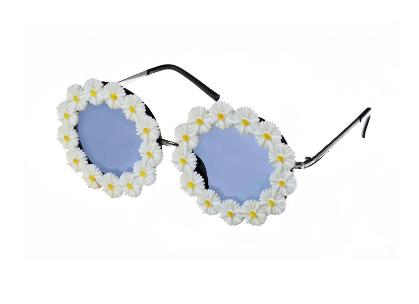 Daisy Sunglasses _10, 12.99 Euro, 22.90 CHF, 51.90 PLN-005-2014-07-15 _ 21_38_42-80