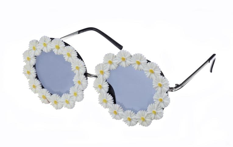 Daisy Sunglasses _10, 12.99 Euro, 22.90 CHF, 51.90 PLN