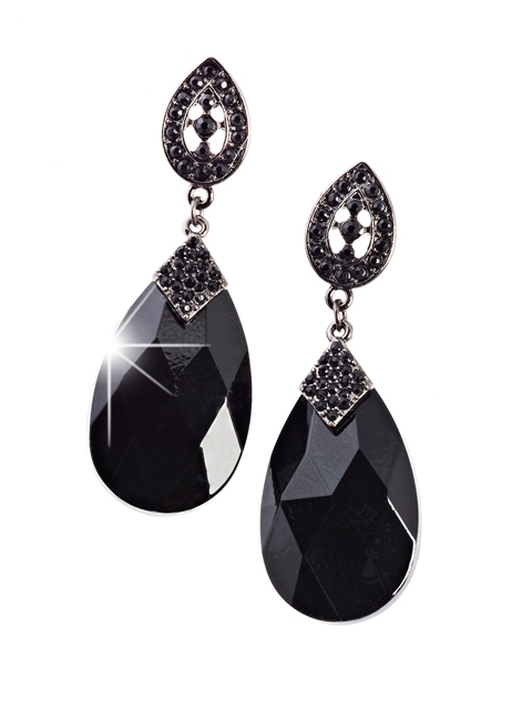 aw14_claires_black_tear_drop_gem_earrings_800gbp_999eur_1690chf_3990pln-46364