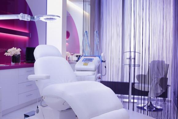 ESTELL poleca najpopularniejsze zabiegi LIFESTYLE, Uroda - Nowa klinika ESTELL oferuje bardzo szeroki wachlarz usług z zakresu kosmetologii, medycyny i ginekologii estetycznej. Jakie są najpopularniejsze ostatnio zabiegi? Oto kilka przykładów.