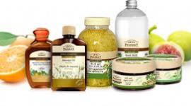 Rosnąca popularność naturalnych kosmetyków do włosów LIFESTYLE, Uroda - Polacy coraz chętniej wybierają kosmetyki, w których skład wchodzą wyłącznie naturalne składniki.