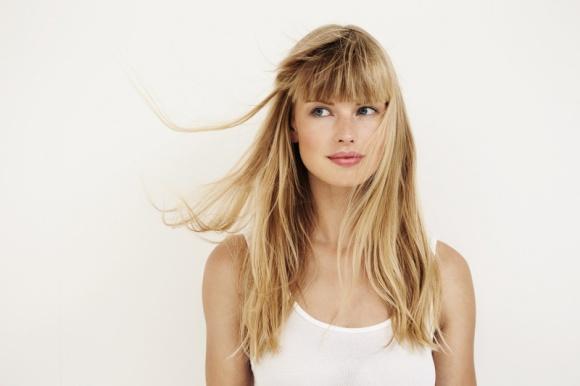Jak wzmocnić włosy? LIFESTYLE, Uroda - Jakie substancje potrzebne są włosom, aby były zdrowe i nie wypadały? Podpowiadamy!