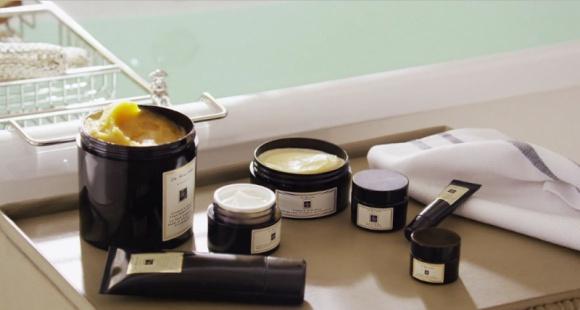 Jo Malone London Vitamin E - zastrzyk witamin od stóp do głów. LIFESTYLE, Uroda - Pielęgnacyjne produkty odżywiające skórę.