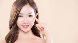 """""""Baby Face Beauty"""", czyli idealna cera według Azjatek LIFESTYLE, Uroda - Już od kilku lat koreańskie kosmetyki cieszą się w Polsce ogromną popularnością. Z niemałą zazdrością patrzymy na idealnie gładkie i rozświetlone twarze Azjatek. To zasługa makijażu, który ma wydobywać naturalne piękno każdej kobiety, ale także wytrwałej pielęgnacji."""