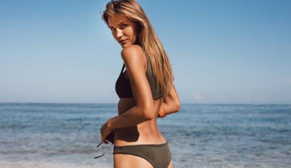 Z piękną sylwetką w sezon bikini LIFESTYLE, Uroda - Kiedy zbliża się lato, wychodzimy z założenia, że na zmiany jest już zbyt późno. Wczesną wiosną o istnieniu cellulitu jakby nie pamiętamy, przypominając sobie o nim dopiero na początku sezonu bikini. Czas położyć temu kres i rozpocząć walkę o piękną sylwetkę już teraz!