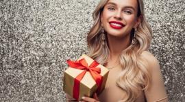 Który składnik pielęgnacyjny w prezencie dla córki, mamy, babci? LIFESTYLE, Uroda - Co zrobić aby prezenty kosmetyczno – pielęgnacyjne, które kupujemy były trafione i nie tylko najbliżsi, ale również ich skóra była nam za nie wdzięczna?
